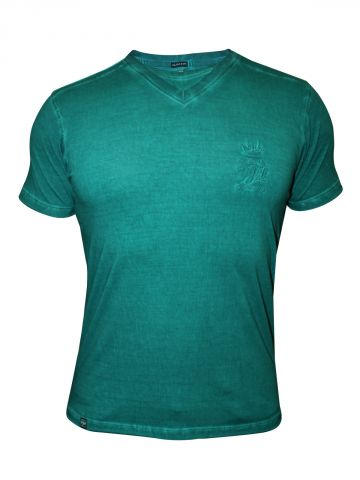 https://static1.cilory.com/102213-thickbox_default/pepe-jeans-men-s-teal-blue-tshirt.jpg