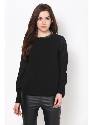Harpa Solid Black Top at cilory
