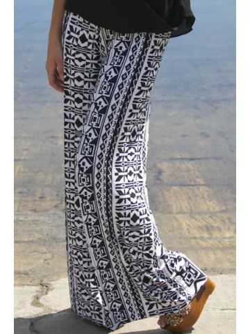 https://static4.cilory.com/137606-thickbox_default/tribal-print-casual-comfy-wide-leg-pants.jpg