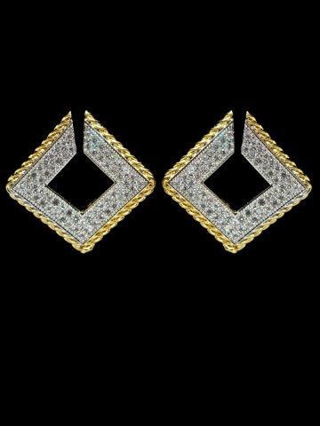 https://static1.cilory.com/156635-thickbox_default/beautiful-women-s-earrings.jpg