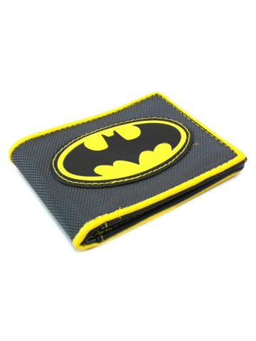https://static1.cilory.com/159798-thickbox_default/batman-logo-applique-nylon-bifold-wallet.jpg