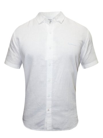 https://static2.cilory.com/188774-thickbox_default/red-tape-white-casual-shirt.jpg