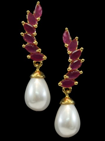 https://static8.cilory.com/192406-thickbox_default/american-diamond-womens-earrings.jpg