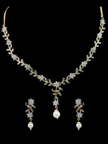 https://static4.cilory.com/209216-thickbox_default/american-diamond-necklace-set.jpg