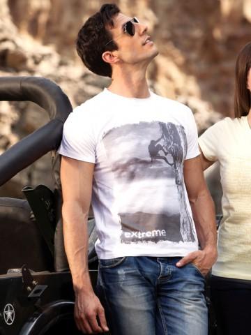 https://static1.cilory.com/29695-thickbox_default/fruit-of-the-loom-white-printed-tshirt.jpg