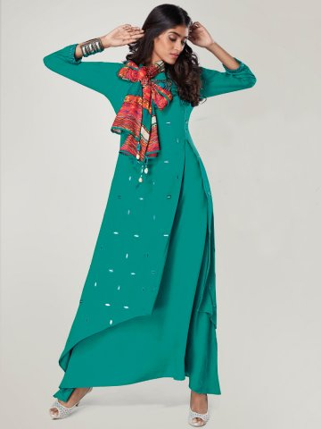 https://static5.cilory.com/322115-thickbox_default/reflection-green-rayon-slub-double-layered-kurti-with-stole.jpg