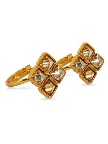 https://static8.cilory.com/371100-thickbox_default/maira-series-elegant-toe-rings.jpg
