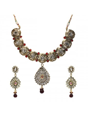 https://static4.cilory.com/40916-thickbox_default/elegant-polki-work-necklace-set-carved-with-stone-and-beads.jpg
