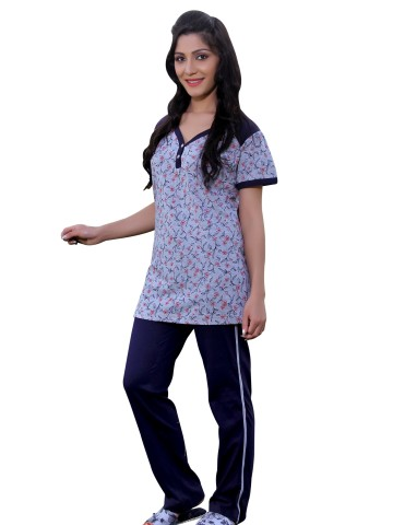 https://d38jde2cfwaolo.cloudfront.net/67373-thickbox_default/happy-hours-women-loungewear-sets.jpg