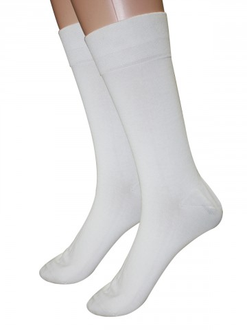 https://static1.cilory.com/68807-thickbox_default/bonjour-all-day-fresh-socks.jpg
